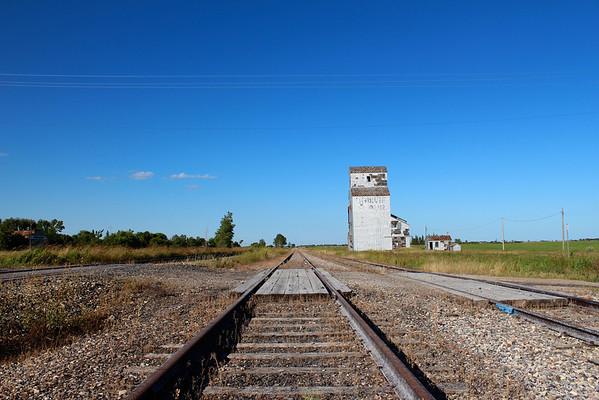 Napinka - down the tracks