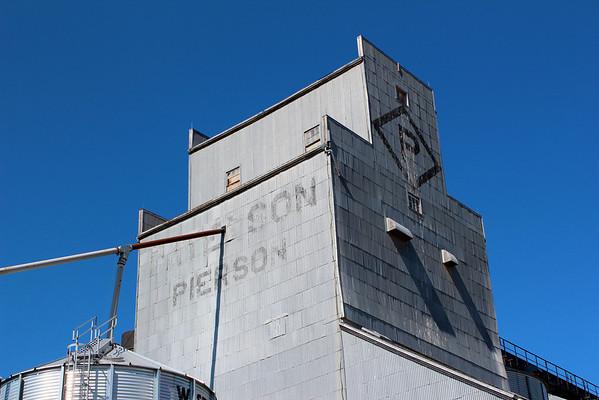 Pierson - Paterson sign