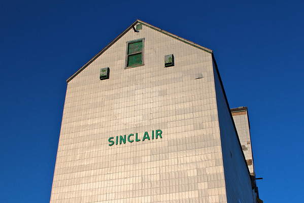 Sinclair - sign