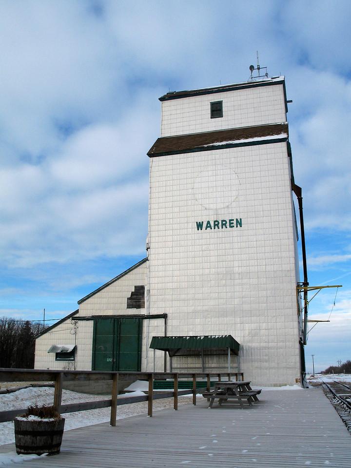 Warren - passenger platform (portrait)