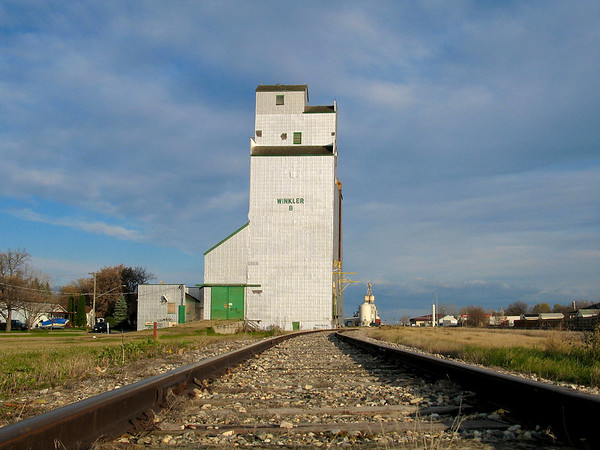 Winkler - on the rails