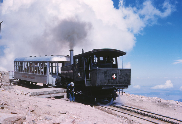 Manitou & Pikes Peak 39 - Sep 7 1958 - Eng 4 & coach 104 at summit of Pikes Peak COLO