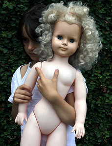 The Big Doll, Glebe 2012 30 x 40cm