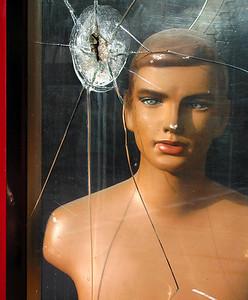 Gertrude Street, Fitzroy 2003 33 x 27