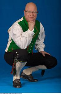 Mannsbunad fra Hardanger med grønn vest
