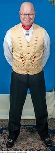 Mannsbunad fra Løken med kort eller lang bukse