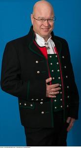 Mannsbunad fra Nordhordaland med innblanding av merinoull i jakken