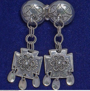 Mannsbunad fra Nordhordaland med halsnål i sølv