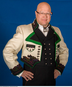Mannsbunad fra Øst-Telemark med lang bukse