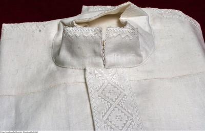 Mannsbunad fra Østfold med linskjorte som kan kokvaskes, maskinvaskes og strykes