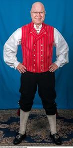 Mannsbunad fra Østfold med kort bukse
