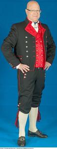 Mannsbunad fra Rogaland med rød vest og linskjorte