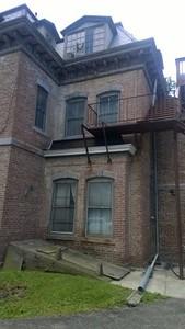 Fullerton Mansion