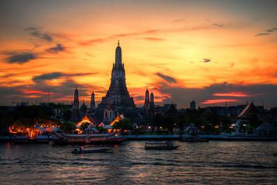 The Golden Wat Arun.  Bangkok, Thailand.