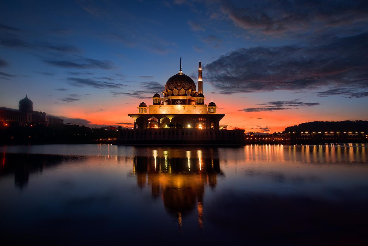 The Pink Mosque of Putrajaya  Kuala Lumpur, Malaysia