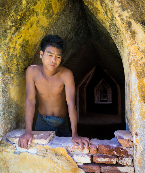 Sadness at a forgotten temple in Myanmar