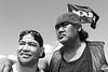 """Portrait de motards maoris (dont un membre du """"Black Power Gang"""" à droite) participant aux commémorations annuelles du Waitangi Day sur le site de la signature du traité de Waitangi.<br /> Baie des Iles/Northland/Nouvelle-Zélande"""