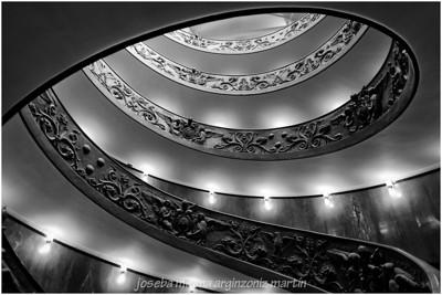 Escalera de Giuseppe Momo
