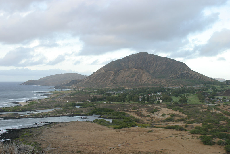 Koko Crater with the Queens Beach area in the foreground