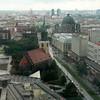 Bytte rum till 33:e våningen och utsikt västerut över Karl Liebknecht-Strasse.