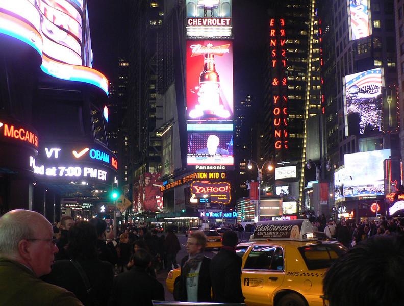 Valkväll på Times Square
