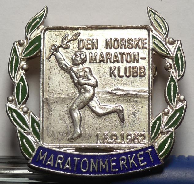 Silvermärket. Tidskrav 3.53 för M50. Göteborgs maraton 8/10-05: 3.49.03