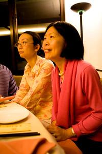 Tsinghua YiXin dinner02.jpg
