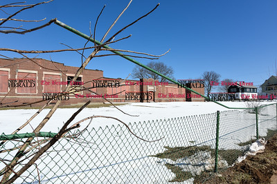 032317  Wesley Bunnell | Staff  The former Isreal Putnam School at 43 Osgood Ave on March 23, 2017