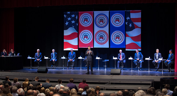 04/04/18 Wesley Bunnell | Staff The CT GOP held their 4th gubernatorial debate on Wednesday April 4 at New Britain High School featuring 9 candidates but excluding New Britain Mayor Erin Stewart who has not raised the minimum financial support needed to participate. Mike Handler speaks with the CT GOP banners as his backdrop.