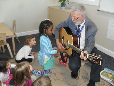 Violin Teacher Mr. Giles Brings his Music to the Pre-K Classroom