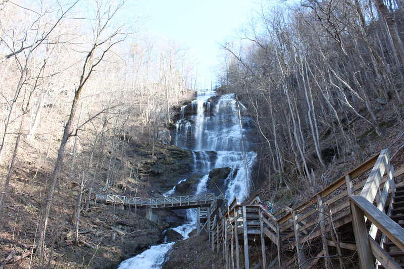 Amicalola Falls waterfall and wooden platform