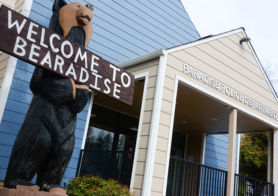 "Black Bear Diner's ""Welcome To Bearadise"" bear sculpture at its new location Thursday in front of the Paradise Police Department in Paradise. (Matt Bates -- Enterprise-Record)"