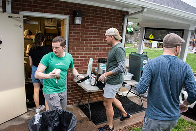 Summit employees move fast to try to keep up with orders. (Bill Giduz photo)
