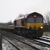 6G05 Whitemoor Yd - Spalding headed by 66086 passes Norwood Rd LC, March on 19th Jan 2013