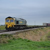 66534 4L96 Crewe BH - Ipswich passes Middle Rd LC