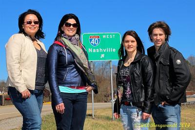 Dahlia Wakefield, Melody Lovejoy, Stephanie Lloyd, Jesse Mast on the way to Nashville