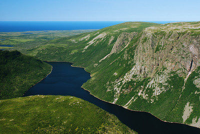 Ten Mile Pond - Gros Morne national park