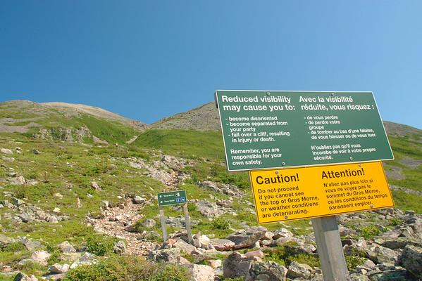 Avertissement - Sentier James Callaghan, parc national de Gros Morne, Terre-Neuve