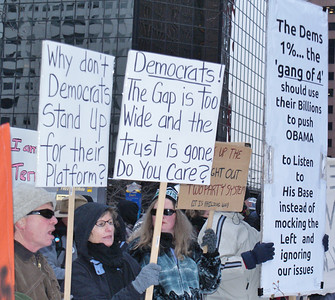 Protest at Democratic Party fundraiser Denver '12 (4)