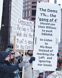 Protest at Democratic Party fundraiser Denver '12 (2)