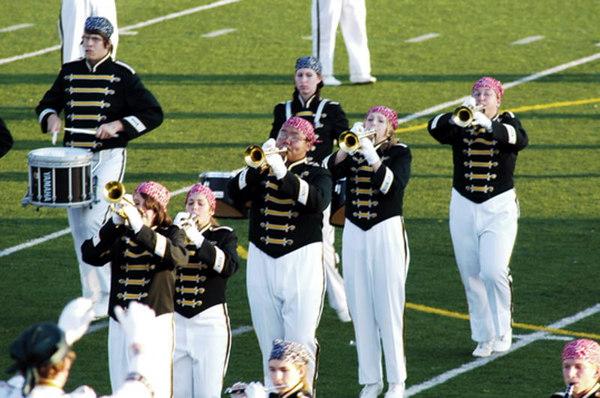 2006 - Wyandotte Marching Chiefs Present - The Downriver Fanfare