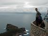 Matze beim Blick in die Tiefe. Mich hat das ja etwas an die Cliffs of Moher in Irland erinnert. Hab aber nix gesagt.