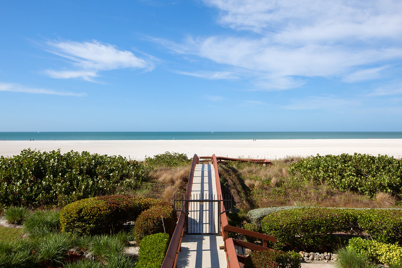 Crescent Beach Beach Access
