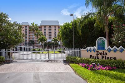 Dela Park Place Sign