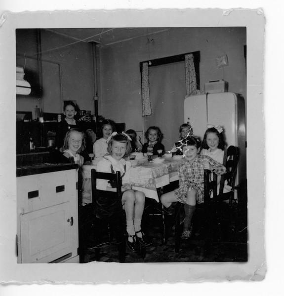 1949-02-11 Margie 6th Birthday