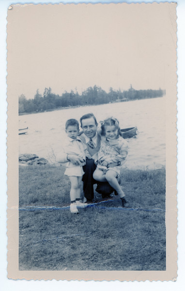 194X Ken, Arthur and Margie