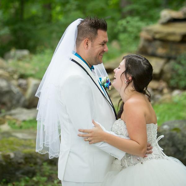 stephane-lemieux-photographe-mariage-montreal-009-couple, euphorie, gold, having-fun, instagram, laughing, select, wedding