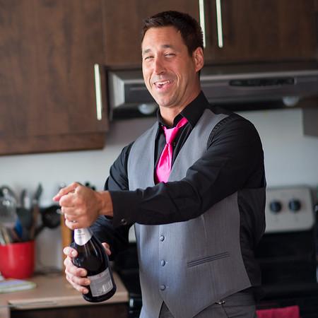 stephane-lemieux-photographe-mariage-montreal-011-bottle, euphorie, groom, instagram, opening, portefolio, wine