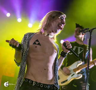 Marianas Trench   | Save-On-Foods Memorial Center | Victoria BC