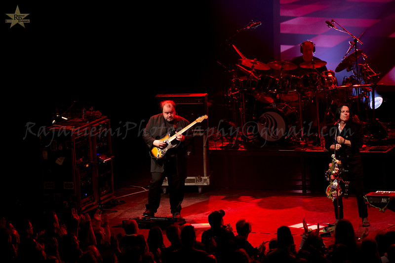 Steve Rothery, Steve Hogarth and Ian Mosley